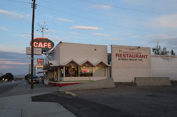 ben's-cafe_05.jpg