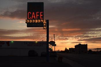 ben's-cafe_07.jpg