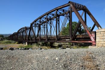 colorado-river-bridge_01.jpg