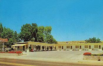 postcard_tuxedo motel.jpg