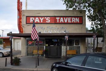 ray's-tavern_04.jpg